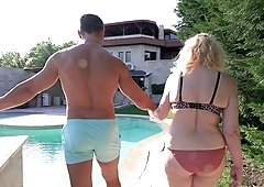 There is nothing better for mature Nanney than fucking with a young guy
