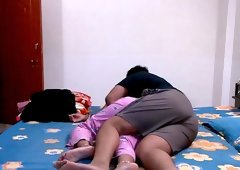 Amateur Indian stimulated on cam