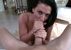 Awesome milf Rachel Starr knows how to suck cock properly