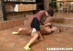 Sizzling hottie Sabrina Blond gets her anus stretched after a blowjob