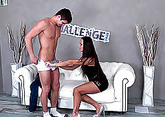 Casting couch with a new guy and Mea Melone who knows what she is doing