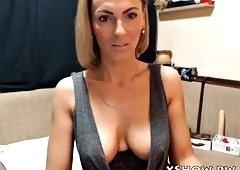 cougar sexy whore live camshow masturbation