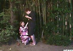 Romantic girl in kimono Kana Suzuki gives a good blowjob