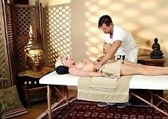 massage babe booty jizzed