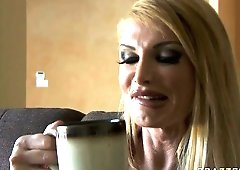 Taylor Wane has no idea what going to happen after her morning coffee