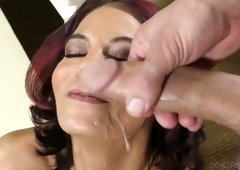 Mouth watering mature hoe Ryder Skye pleases a dick before a steamy anal sex