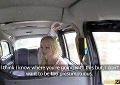 Bigtits Amber Jaynes fucks in the taxi