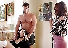 Ivy LeBelle and Krissy Lynn Fall For Ramon's scam