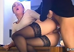siStockinged office assistant side fucked on the desk by her boss